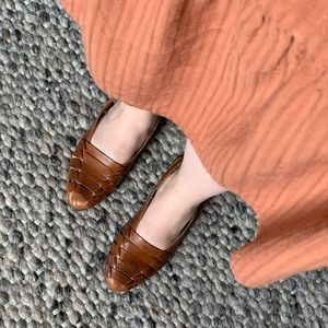 Vintage Tan Leather Slip On Shoes Size 7